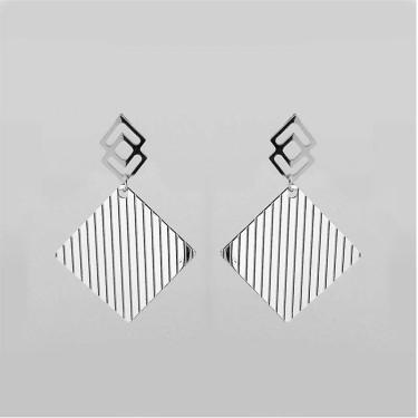 Grooved rhombus pattern steel earring