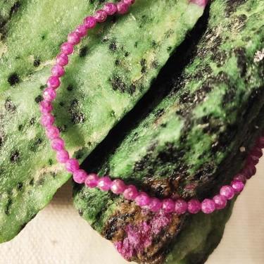 Bracelet rubis facettée