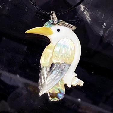COLLIER pendentif l'oiseau en abalone avec cordon noir