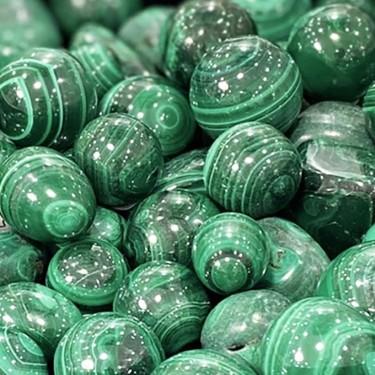 galets en malachite pierre naturelle