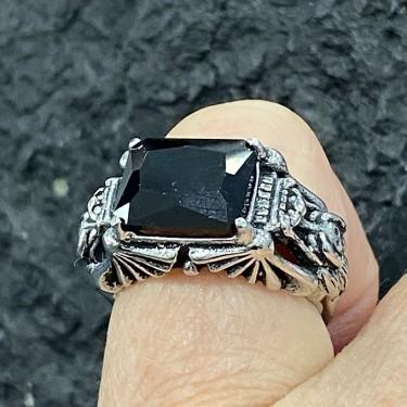 Bague acier inoxydable chevalière verre noir